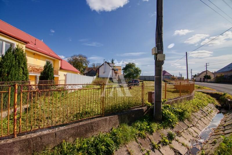 pozemok o výmere 839 m², IS obecná voda, kanalizácia, elektrina
